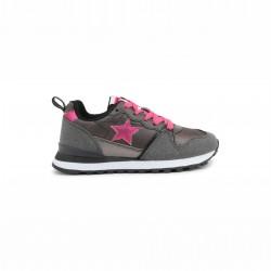 Спортни обувки Shone